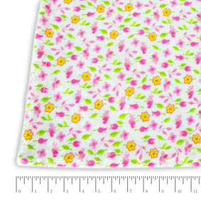 Toalha Quadrada Floral Rosa Camponesa 1,52X1,52